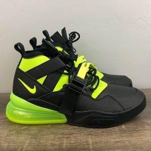 NEW Nike Air Force 270 Utility